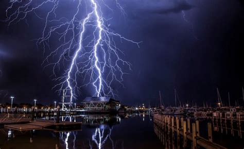 The best lightning picture you've ever seen? Brit who