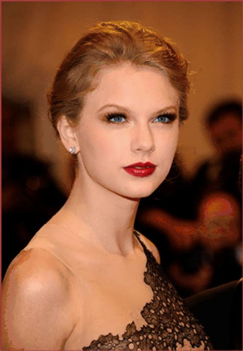 Get The Look: Taylor Swift's Old Hollywood Look From The