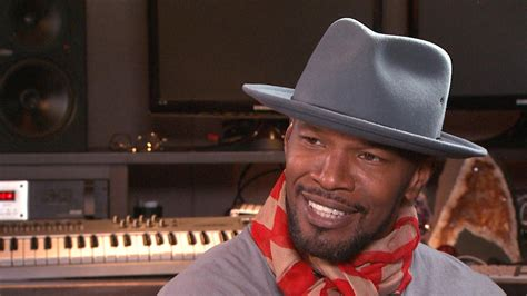 Jamie Foxx Sets Record Straight on Katie Holmes Dating
