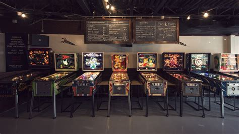 """Montreal Opens Its First-Ever """"Arcade Bar"""" On Saint"""