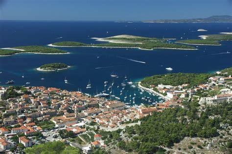 Passion For Luxury : CROATIA - LAND OF 1000 ISLANDS