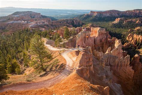 Hiking Bryce Canyon: Queens Garden and Navajo Loop Trails